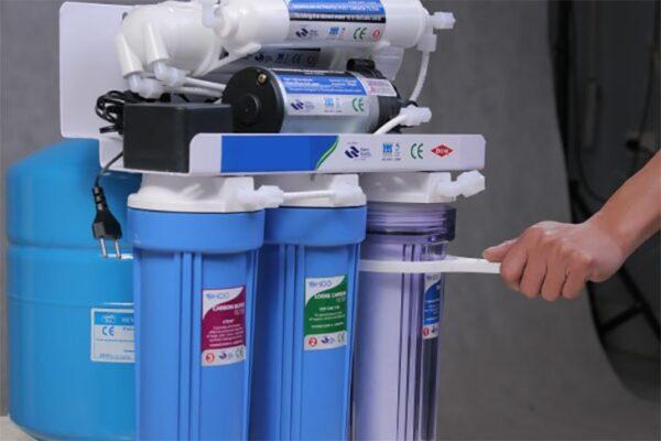 Bảo trì máy lọc nước Karofi